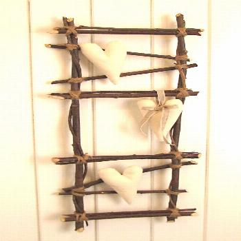 Bring nature into your home: 16 DIY craft ideas with branches   Craft ideas, DIY craft ideas, DIY t